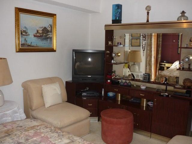 Apartamento Distrito Metropolitano>Caracas>Colinas de Santa Monica - Venta:216.000.000 Bolivares Fuertes - codigo: 13-1752