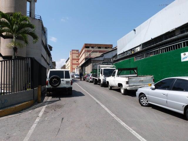 Terreno Distrito Metropolitano>Caracas>Guaicay - Venta:346.412.000.000 Bolivares - codigo: 13-2227
