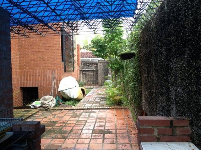 Casa Distrito Metropolitano>Caracas>Lomas de La Lagunita - Venta:111.709.000.000 Bolivares - codigo: 13-2259