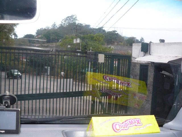 Casa Distrito Metropolitano>Caracas>Oripoto - Venta:239.591.000.000 Bolivares - codigo: 13-2803