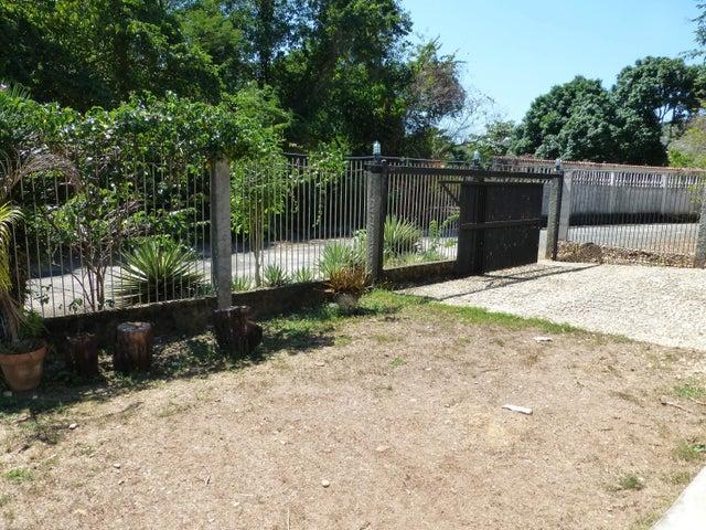 Casa Miranda>Higuerote>Carenero - Venta:18.322.000.000 Precio Referencial - codigo: 13-3333