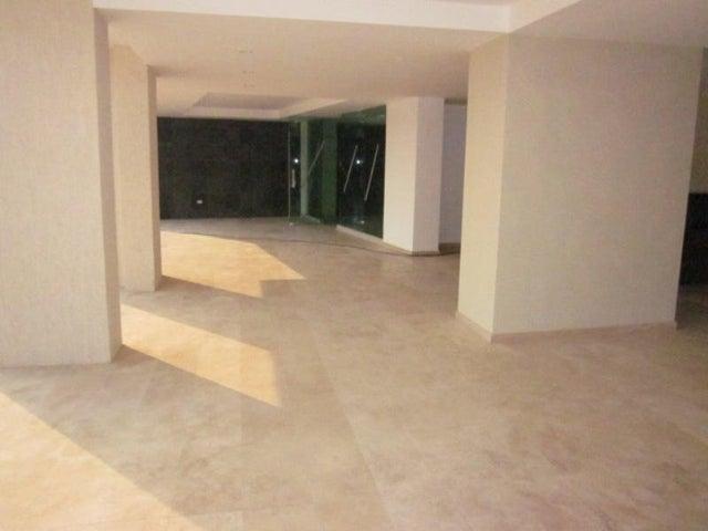 Apartamento Distrito Metropolitano>Caracas>Las Mesetas de Santa Rosa de Lima - Venta:395.706.000.000  - codigo: 13-3683