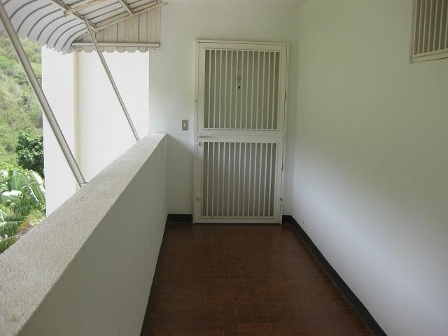 Apartamento Vargas>Parroquia Naiguata> - Venta:83.770.000.000 Precio Referencial - codigo: 13-3727
