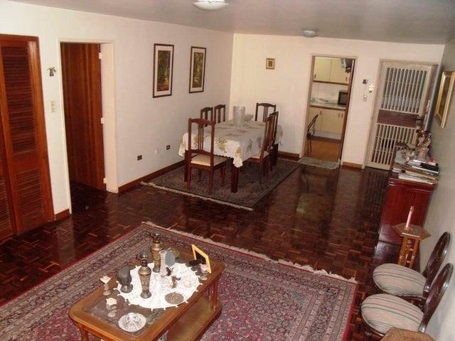 Apartamento Distrito Metropolitano>Caracas>San Luis - Venta:25.786.000.000 Bolivares Fuertes - codigo: 13-5696