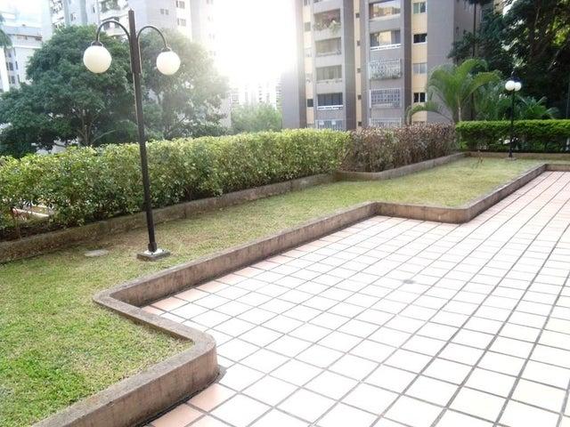 Apartamento Distrito Metropolitano>Caracas>Terrazas del Avila - Venta:116.615.000.000 Precio Referencial - codigo: 13-5987