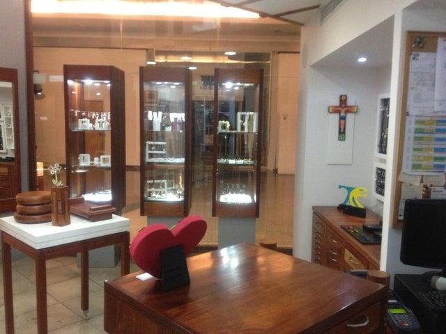 Local Comercial Distrito Metropolitano>Caracas>Boleita Norte - Venta:119.748.000.000 Precio Referencial - codigo: 13-6303