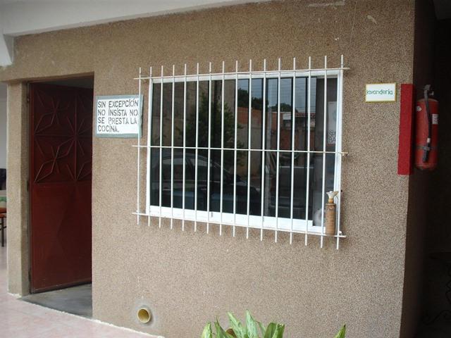 Negocios y Empresas Miranda>Higuerote>Higuerote - Venta:73.754.929.000.000 Bolivares - codigo: 13-6854