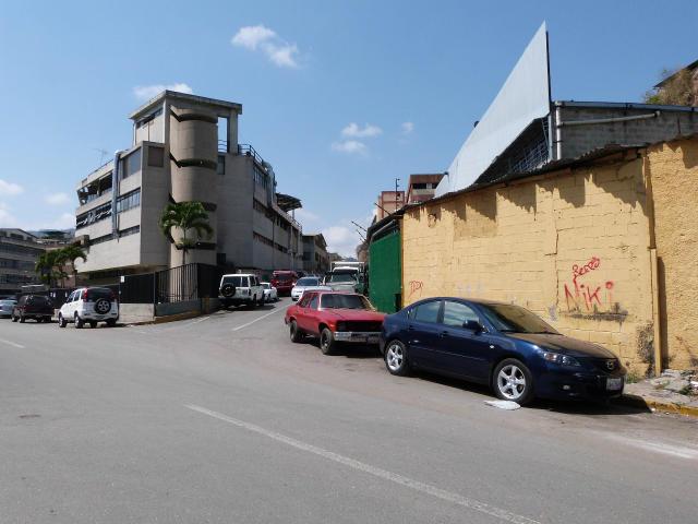 Industrial Distrito Metropolitano>Caracas>Guaicay - Venta:945.381.000.000 Precio Referencial - codigo: 13-6945