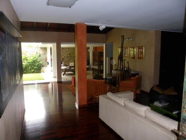 Casa Distrito Metropolitano>Caracas>Macaracuay - Venta:1.265.516.000.000 Precio Referencial - codigo: 13-7000