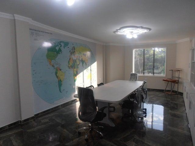 Casa Aragua>Maracay>San Jacinto - Venta:203.686.000.000 Bolivares - codigo: 13-7183
