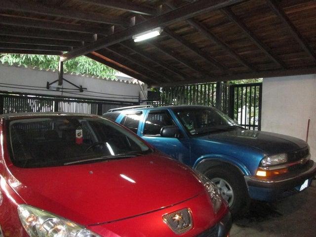 Casa Distrito Metropolitano>Caracas>Las Acacias - Venta:184.708.000.000 Precio Referencial - codigo: 13-7362