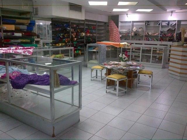 Local Comercial Distrito Metropolitano>Caracas>Las Mercedes - Venta:605.684.000.000 Precio Referencial - codigo: 13-7887