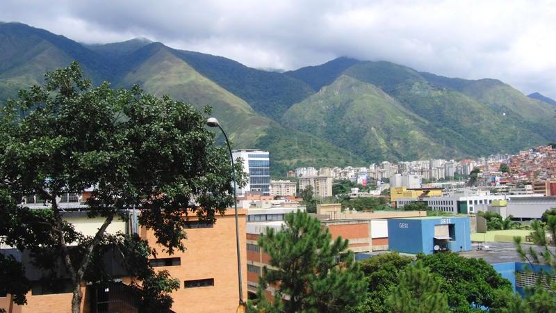 Apartamento Distrito Metropolitano>Caracas>La Urbina - Venta:27.070.000.000 Bolivares Fuertes - codigo: 13-8182