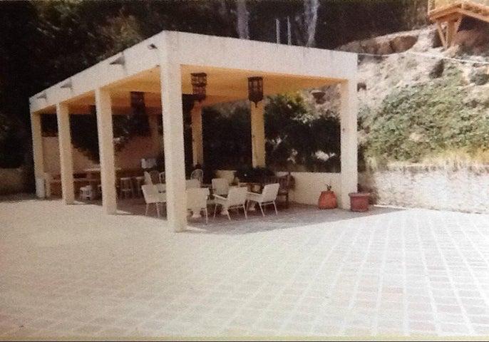 Casa Miranda>San Antonio de los Altos>San Jose de los Altos - Venta:163.069.000.000 Precio Referencial - codigo: 13-8127