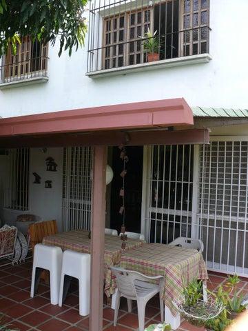Casa Distrito Metropolitano>Caracas>Terrazas del Club Hipico - Venta:36.027.000.000 Bolivares - codigo: 13-8297