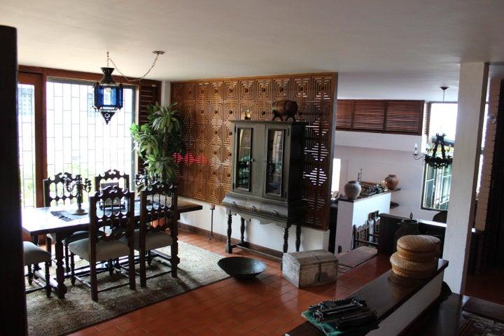 Casa Distrito Metropolitano>Caracas>El Placer - Venta:250.000 Precio Referencial - codigo: 13-8502