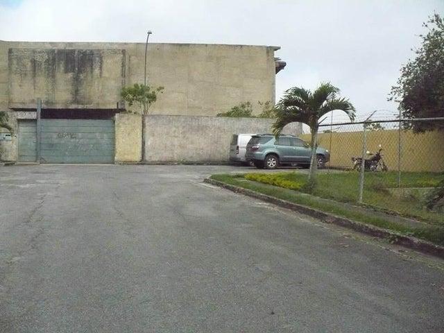 Terreno Distrito Metropolitano>Caracas>Alto Hatillo - Venta:186.364.000.000 Precio Referencial - codigo: 13-8709