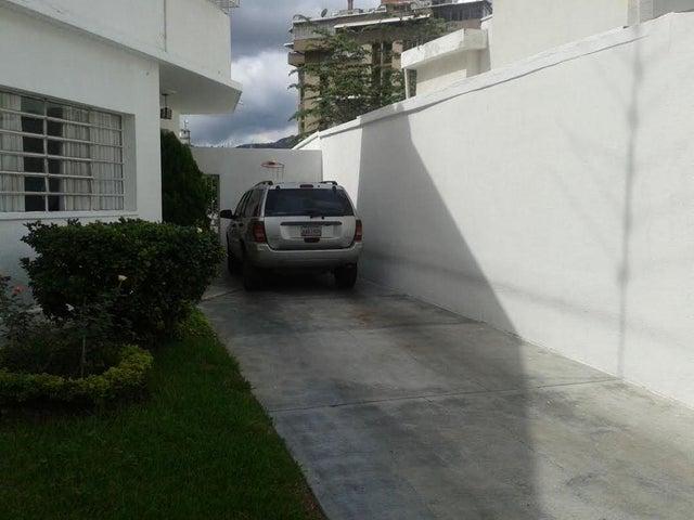 Casa Distrito Metropolitano>Caracas>El Paraiso - Venta:72.188.000.000 Bolivares - codigo: 13-8609
