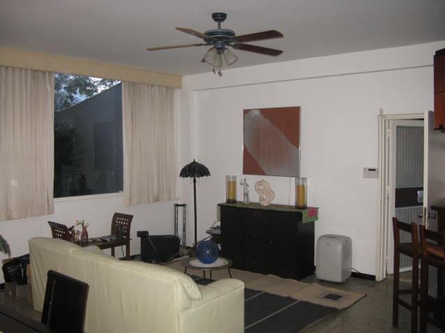 Casa Distrito Metropolitano>Caracas>Valle Arriba - Venta:338.379.000.000 Bolivares - codigo: 13-8821