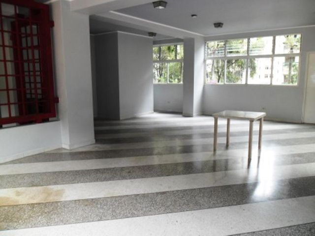 Apartamento Distrito Metropolitano>Caracas>Terrazas del Avila - Venta:158.872.000.000 Precio Referencial - codigo: 13-8952