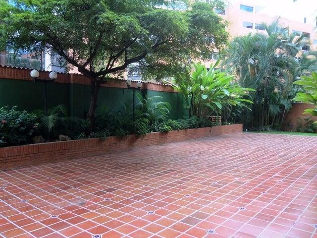 Apartamento Distrito Metropolitano>Caracas>Campo Alegre - Venta:116.364.000.000 Bolivares Fuertes - codigo: 13-9000