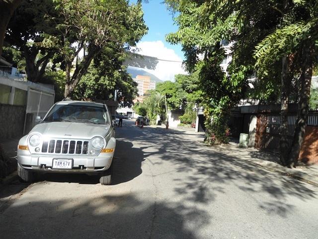 Apartamento Distrito Metropolitano>Caracas>Los Naranjos de Las Mercedes - Venta:64.000.000.000 Bolivares Fuertes - codigo: 14-206