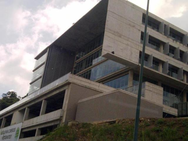 Local Comercial Distrito Metropolitano>Caracas>La Trinidad - Venta:390.000 Precio Referencial - codigo: 14-330