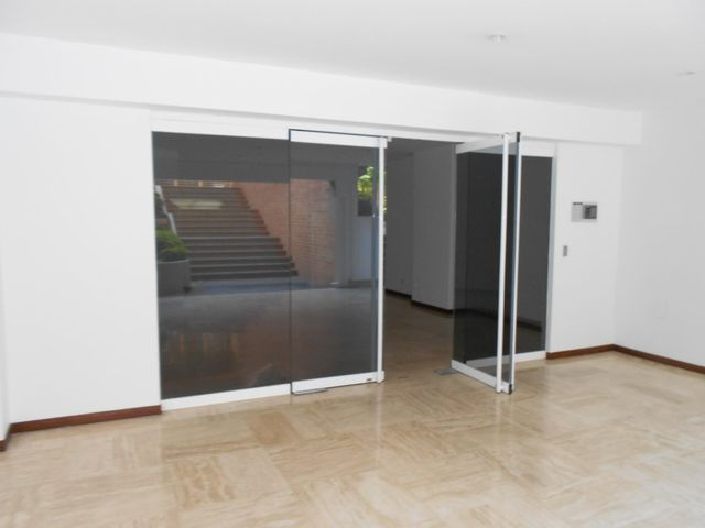 Apartamento Distrito Metropolitano>Caracas>Lomas del Sol - Venta:150.000 US Dollar - codigo: 14-513