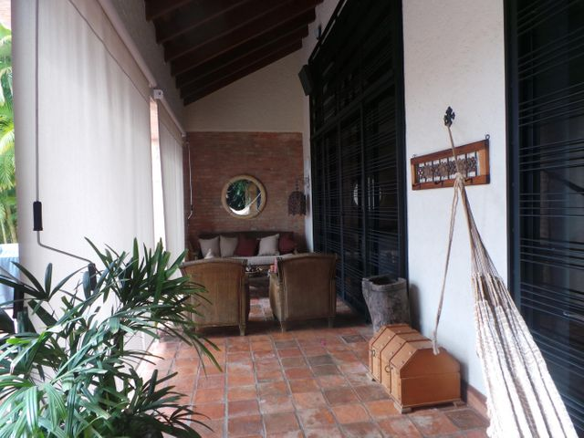 Casa Distrito Metropolitano>Caracas>La Tahona - Venta:338.379.000.000 Bolivares - codigo: 14-835