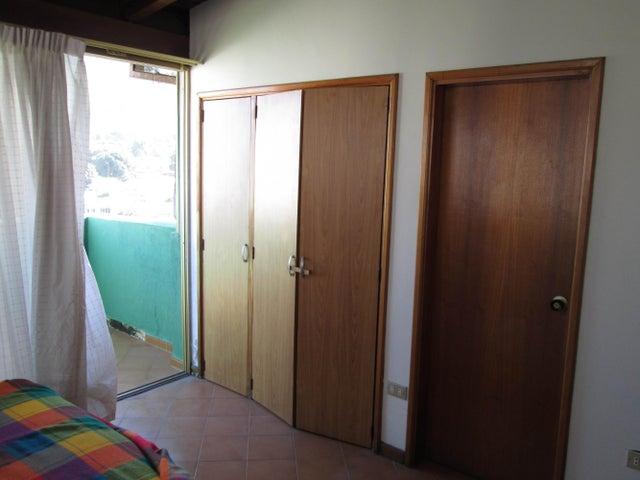 Apartamento Vargas>Parroquia Caraballeda>Los Corales - Venta:34.952.000.000 Precio Referencial - codigo: 14-967