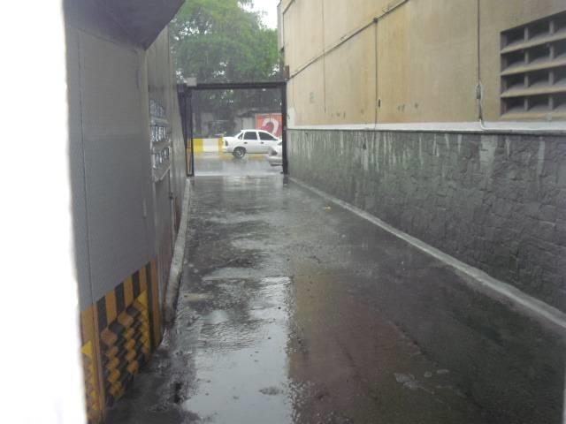 Local Comercial Distrito Metropolitano>Caracas>Los Caobos - Venta:201.539.000.000 Precio Referencial - codigo: 14-882
