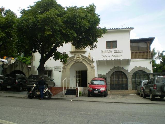 Terreno Distrito Metropolitano>Caracas>Altamira - Venta:451.172.000.000 Bolivares - codigo: 14-978