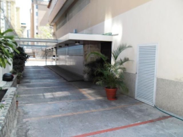 Apartamento Distrito Metropolitano>Caracas>La Urbina - Venta:61.073.000.000 Precio Referencial - codigo: 14-1369