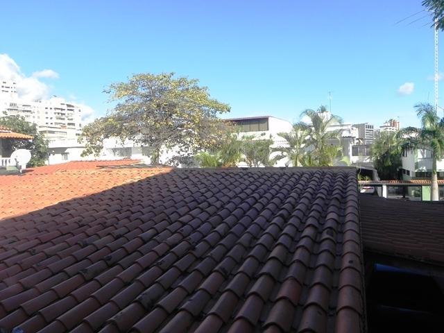 Casa Distrito Metropolitano>Caracas>La California Norte - Venta:6.000.000.000 Bolivares - codigo: 14-1606