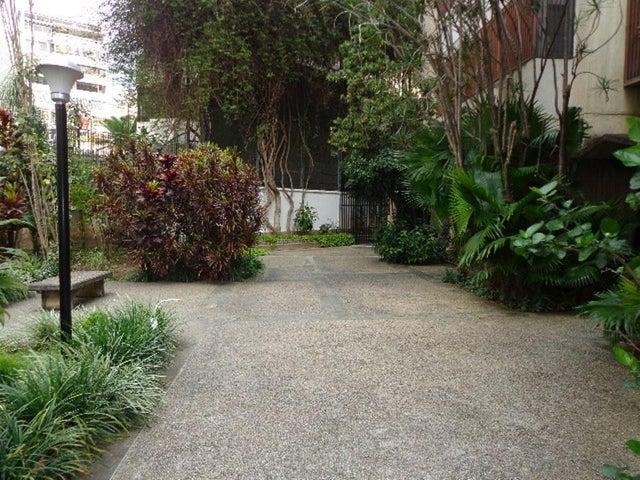 Apartamento Distrito Metropolitano>Caracas>San Bernardino - Venta:45.264.000.000 Bolivares Fuertes - codigo: 14-1581