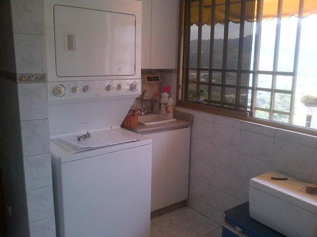 Apartamento Distrito Metropolitano>Caracas>Macaracuay - Venta:37.600.000.000 Bolivares Fuertes - codigo: 14-1584