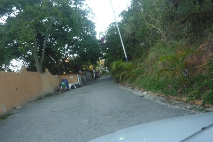 Terreno Distrito Metropolitano>Caracas>Corralito - Venta:4.278.000.000 Precio Referencial - codigo: 14-1739