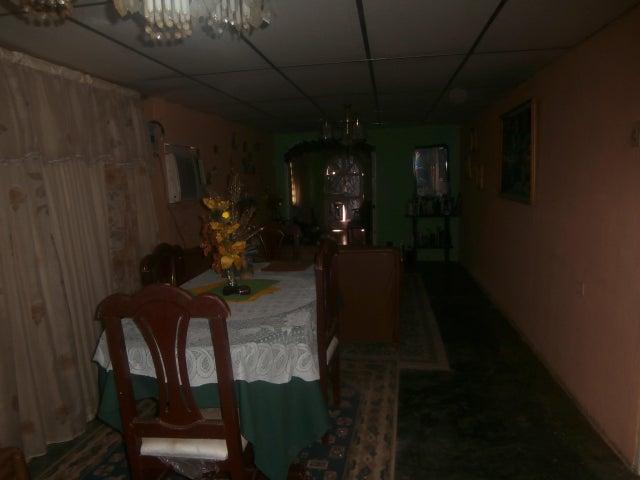 Casa Zulia>Ciudad Ojeda>Tia Juana - Venta:3.000 US Dollar - codigo: 13-8172