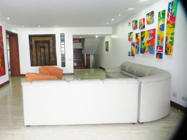 Townhouse Distrito Metropolitano>Caracas>Caurimare - Venta:510.816.000.000 Precio Referencial - codigo: 14-1835