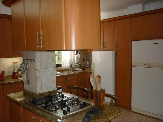 Casa Distrito Metropolitano>Caracas>San Luis - Venta:178.394.000.000 Precio Referencial - codigo: 14-2047