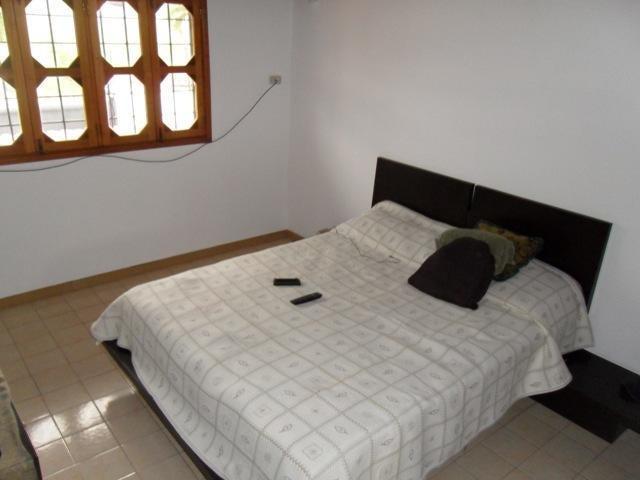 Casa Lara>Barquisimeto>Santa Elena - Venta:137.413.000.000 Precio Referencial - codigo: 14-2153