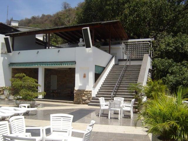 Casa Distrito Metropolitano>Caracas>Colinas de Los Chaguaramos - Venta:1.143.875.000.000 Precio Referencial - codigo: 14-2239