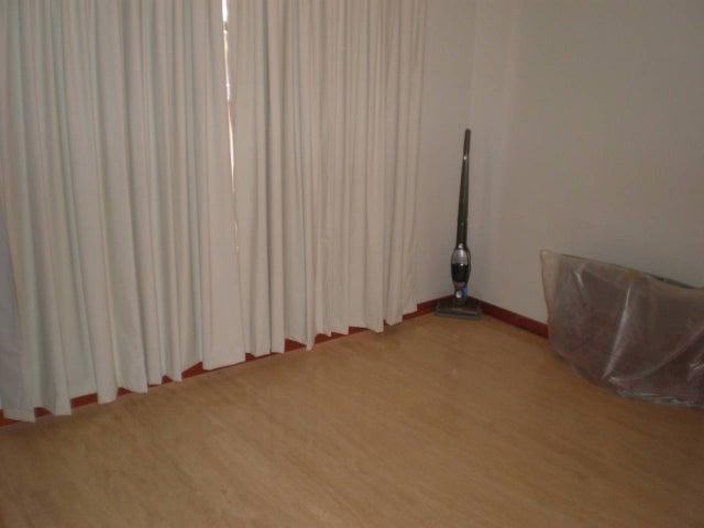 Apartamento Distrito Metropolitano>Caracas>Los Naranjos de Las Mercedes - Venta:36.837.000.000 Bolivares Fuertes - codigo: 14-2265