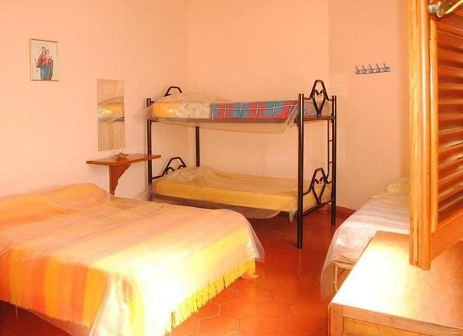 Casa Trujillo>La Puerta>Via La Lagunita - Venta:11.567.000.000 Bolivares - codigo: 14-2769