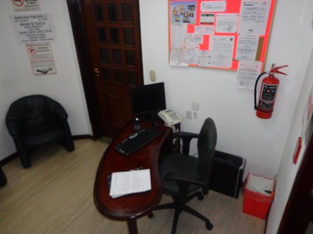 Oficina Distrito Metropolitano>Caracas>Sabana Grande - Venta:139.773.000.000 Precio Referencial - codigo: 14-3282