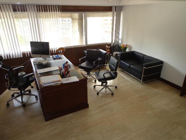 Oficina Distrito Metropolitano>Caracas>Campo Alegre - Venta:281.675.000.000 Precio Referencial - codigo: 14-3284