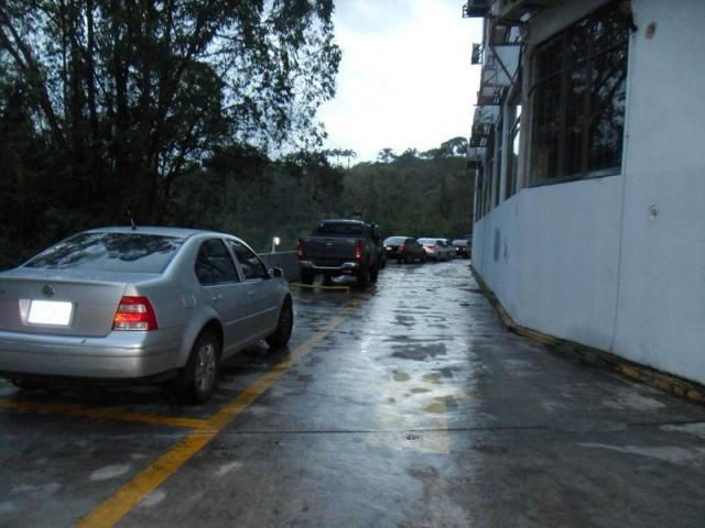 Local Comercial Distrito Metropolitano>Caracas>La Lagunita Country Club - Venta:30.000 Precio Referencial - codigo: 14-12711