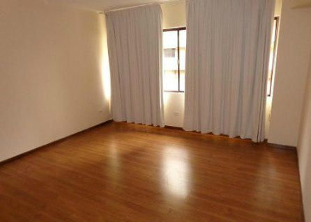 Apartamento Distrito Metropolitano>Caracas>La Castellana - Venta:338.560.000.000 Precio Referencial - codigo: 14-3492