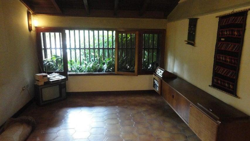 Casa Distrito Metropolitano>Caracas>Colinas de Bello Monte - Venta:750.000 US Dollar - codigo: 14-3781