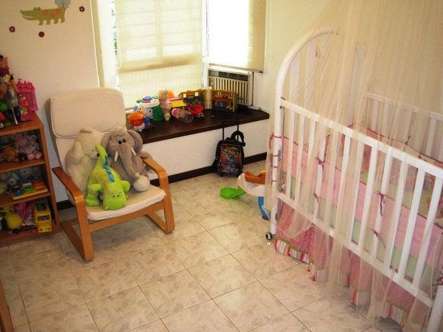 Apartamento Distrito Metropolitano>Caracas>Los Naranjos del Cafetal - Venta:63.852.000.000 Precio Referencial - codigo: 14-3883